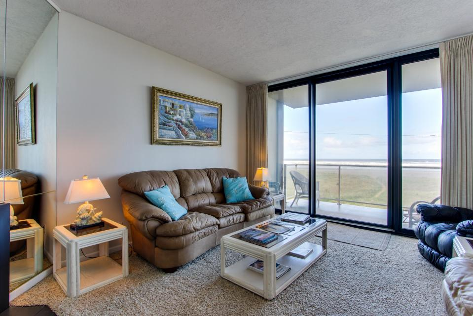 Sand & Sea: The Beachcomber (208) - Seaside Vacation Rental - Photo 2
