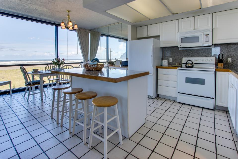 Sand & Sea: The Beachcomber (208) - Seaside Vacation Rental - Photo 5