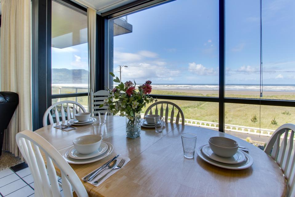Sand & Sea: The Beachcomber (208) - Seaside Vacation Rental - Photo 1