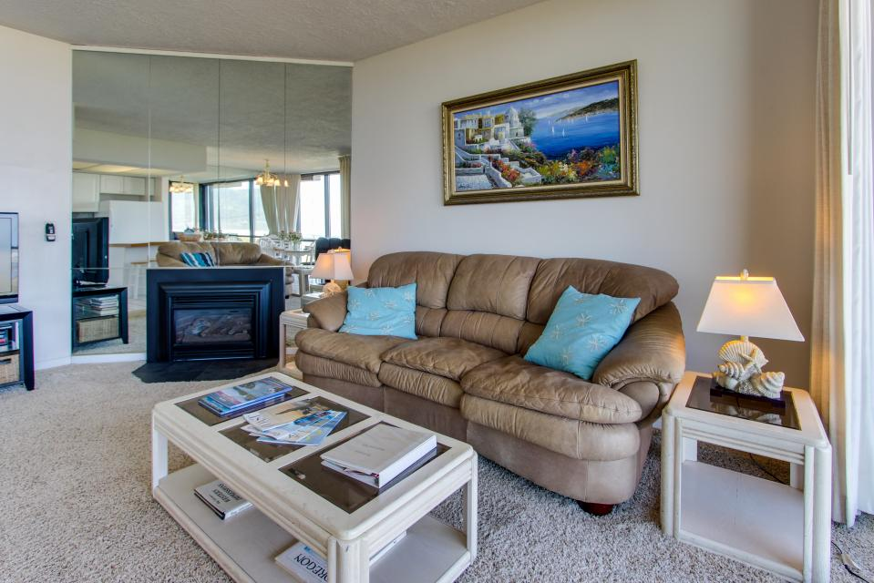 Sand & Sea: The Beachcomber (208) - Seaside Vacation Rental - Photo 4