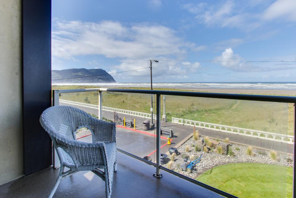 Sand & Sea: The Beachcomber (208) - Seaside Vacation Rental - Photo 8