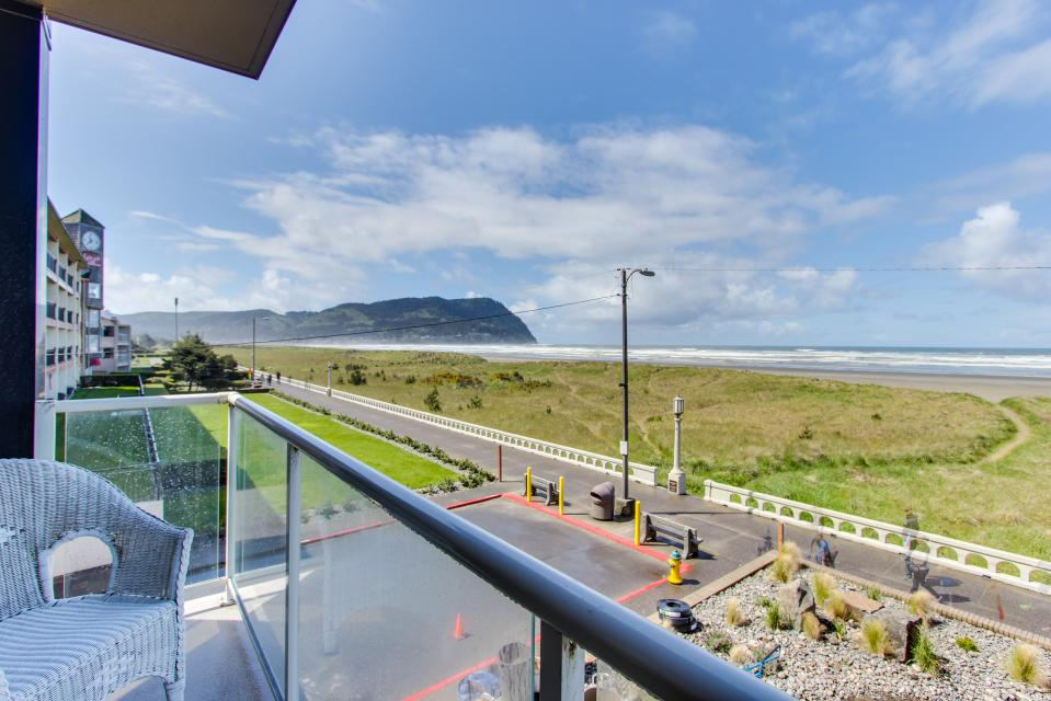 Sand & Sea: The Beachcomber (208) - Seaside Vacation Rental - Photo 9