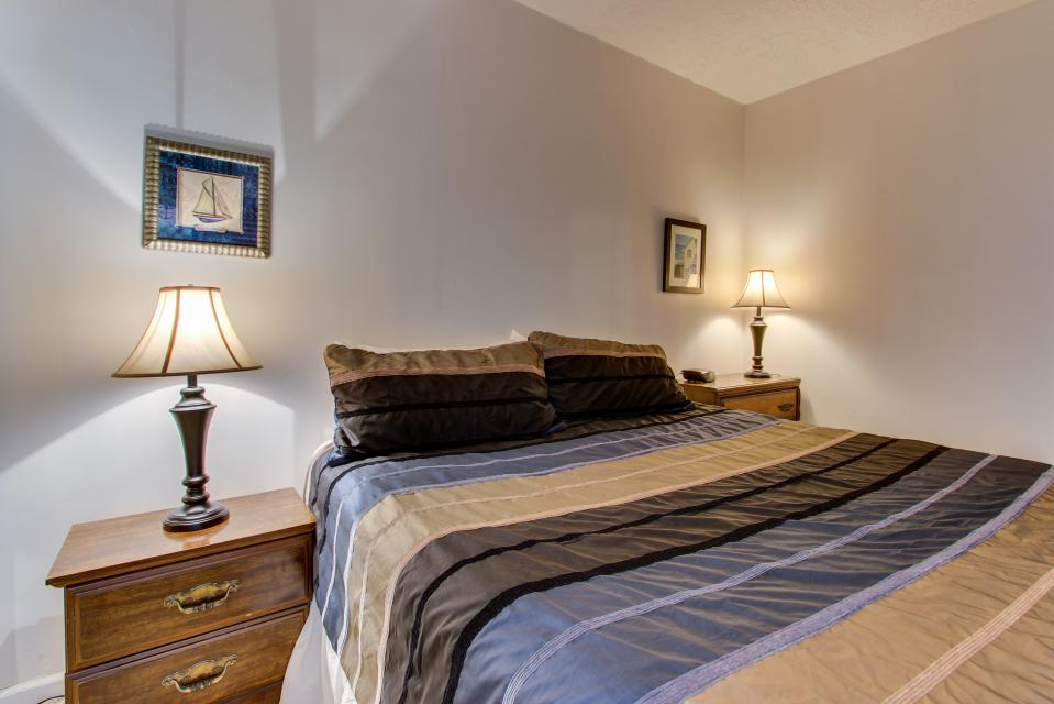 Sand & Sea: The Beachcomber (208) - Seaside Vacation Rental - Photo 18