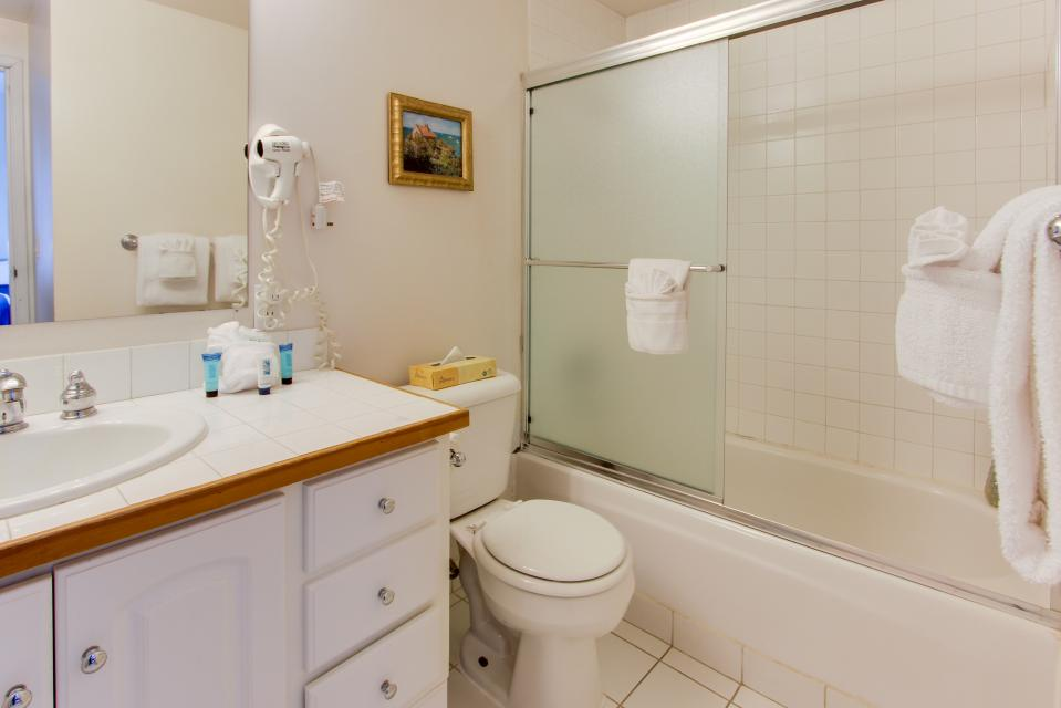 Sand & Sea: The Beachcomber (208) - Seaside Vacation Rental - Photo 19