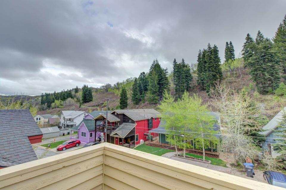 Daly Canyon Retreat - Park City Vacation Rental - Photo 18