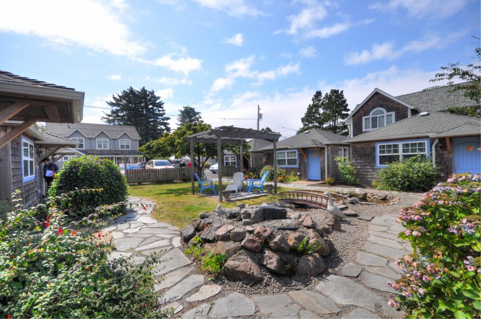 Hidden Villa Cottage #5 - The Sunflower Cottage - Cannon Beach Vacation Rental - Photo 21