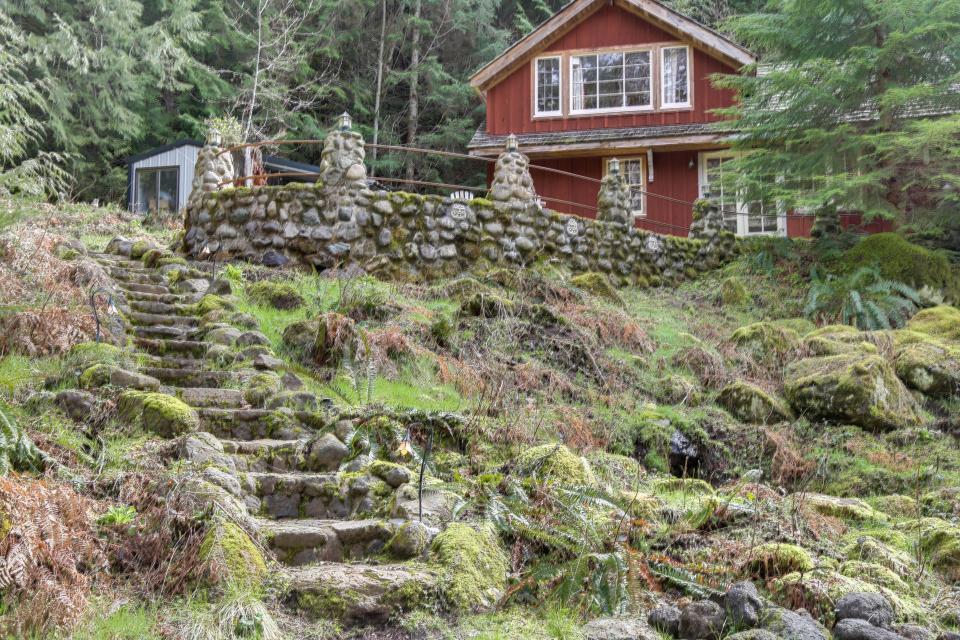 Swedish Stuga Vacation Rental - Rhododendron Vacation Rental - Photo 31