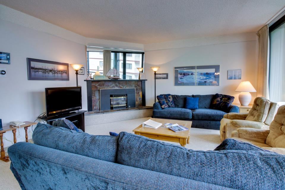 Sand & Sea: Coastal Range (312) - Seaside Vacation Rental - Photo 8