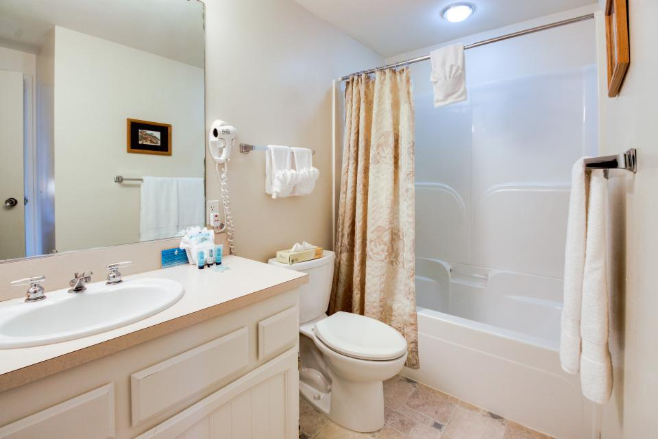 Sand & Sea: Coastal Range (312) - Seaside Vacation Rental - Photo 25