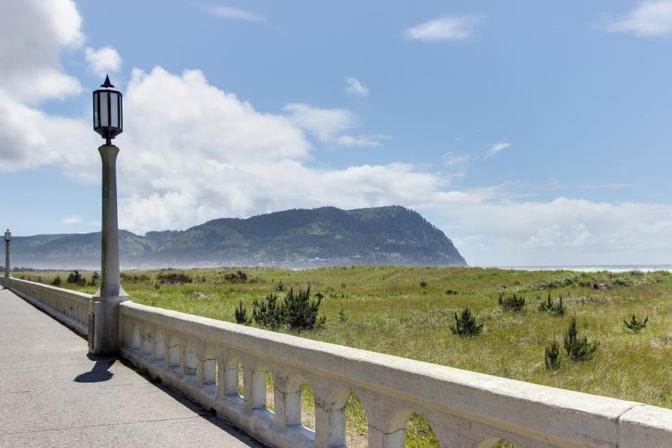Sand & Sea: Haystack Rock (508) - Seaside Vacation Rental - Photo 40