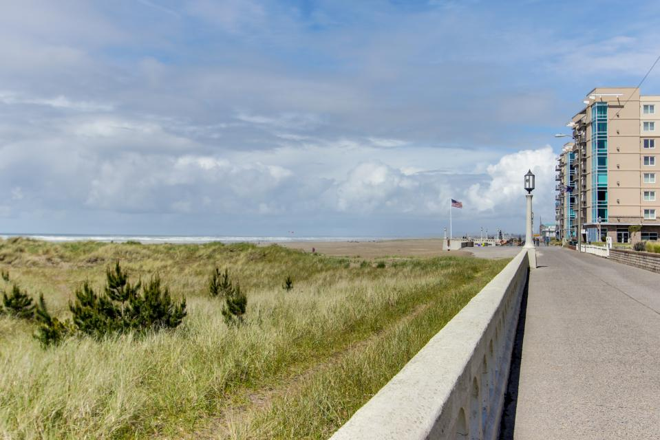 Sand & Sea: Beach Palette (602) - Seaside Vacation Rental - Photo 39