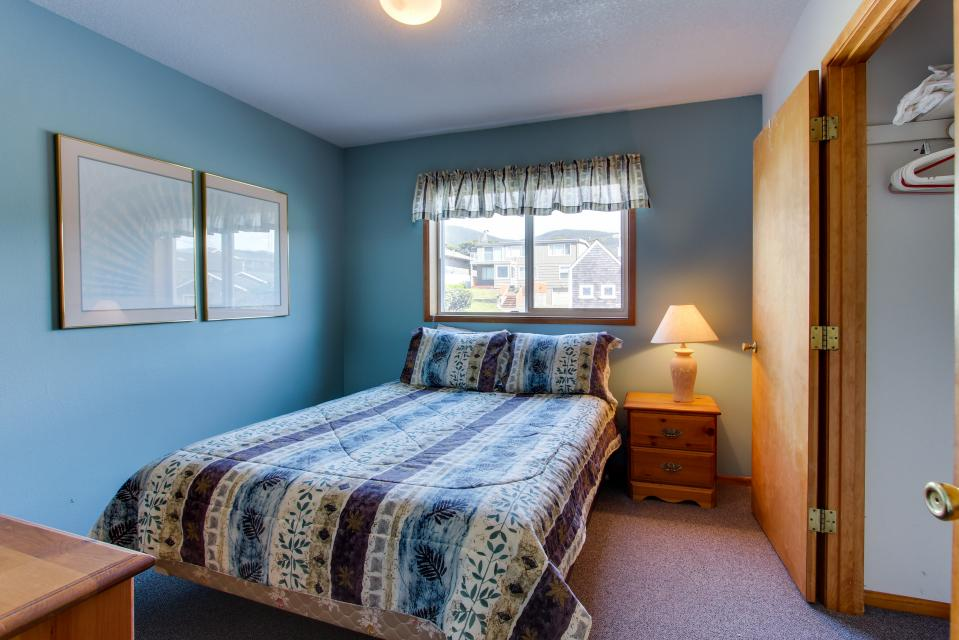 Sweethaven - 3 bedroom - Rockaway Beach Vacation Rental - Photo 11
