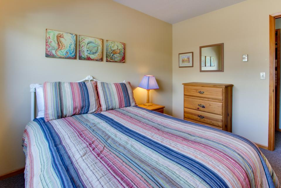 Sweethaven - 3 bedroom - Rockaway Beach Vacation Rental - Photo 22