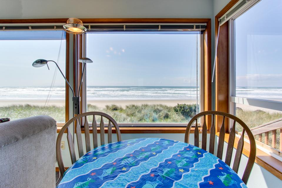 Sweethaven - 3 bedroom - Rockaway Beach Vacation Rental - Photo 3