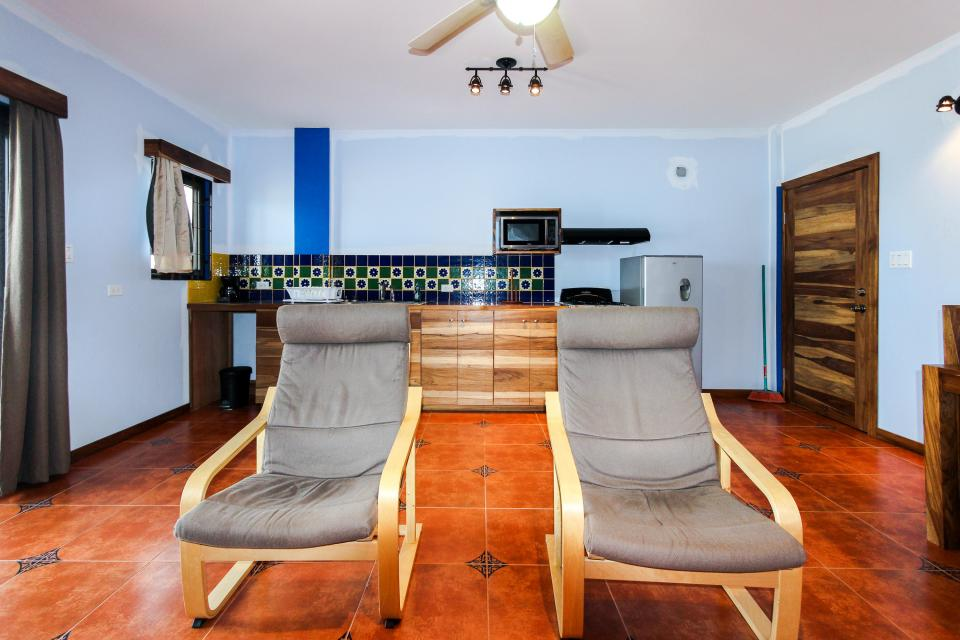 Whaleshark Suite - Placencia Vacation Rental - Photo 10
