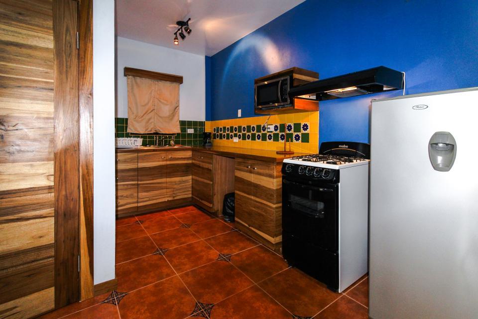 Marlin Suite - Placencia Vacation Rental - Photo 9