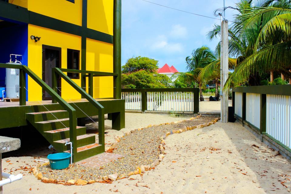 Marlin Suite - Placencia Vacation Rental - Photo 29