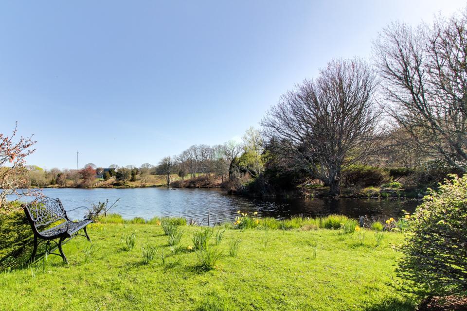 The Looks Pond Garden House - West Tisbury Vacation Rental - Photo 42
