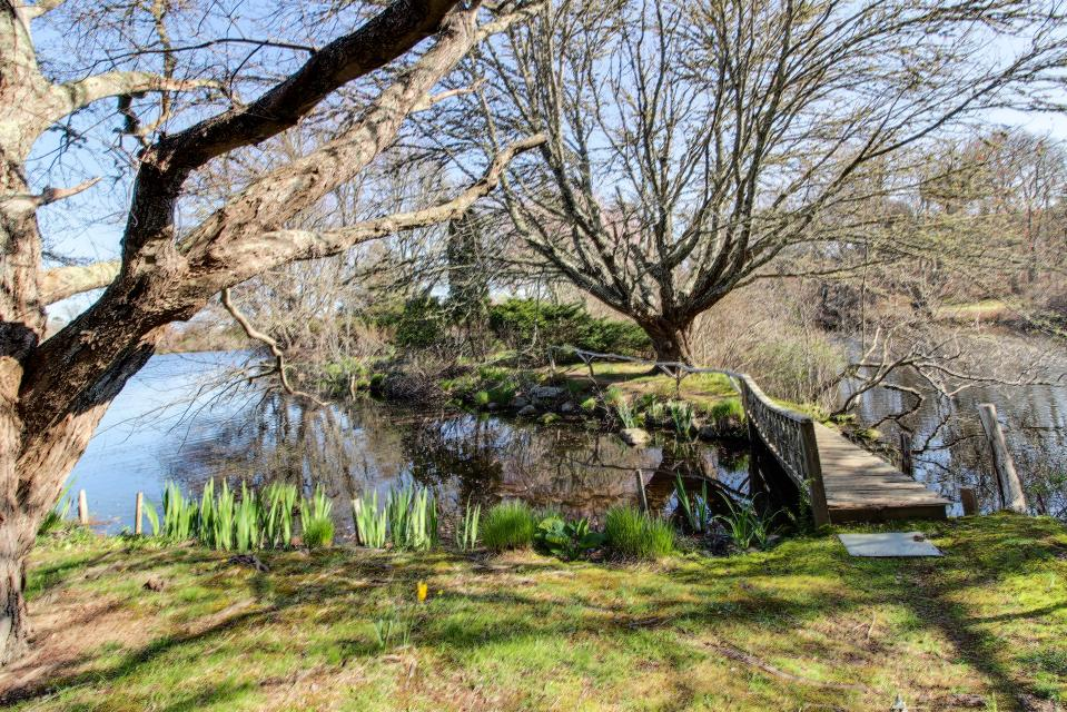 The Looks Pond Garden House - West Tisbury Vacation Rental - Photo 45