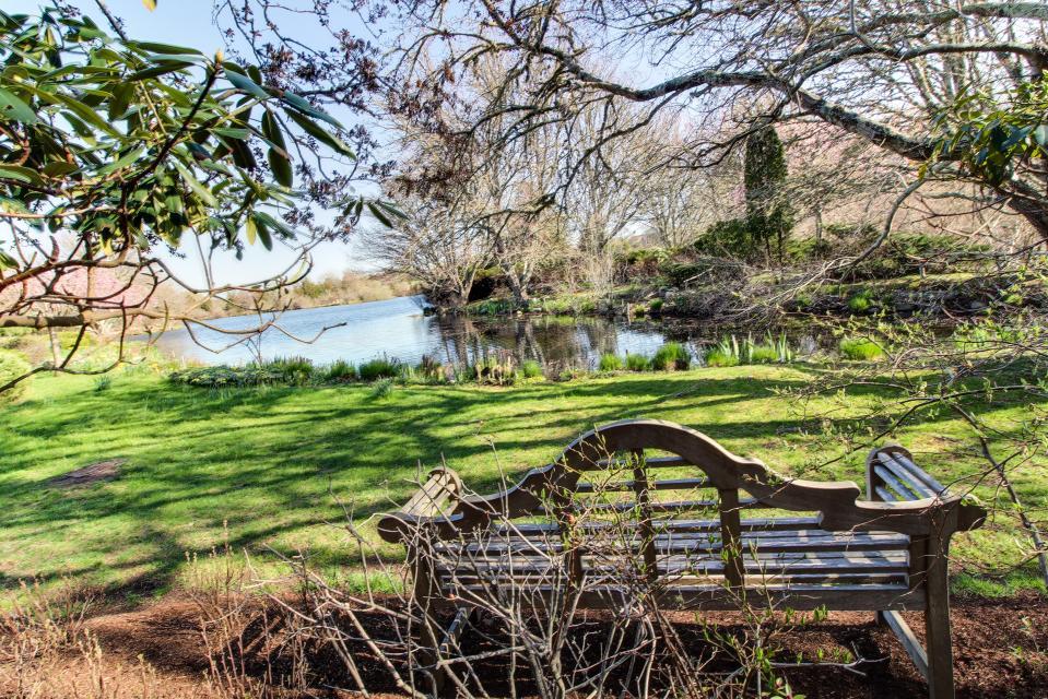 The Looks Pond Garden House - West Tisbury Vacation Rental - Photo 44