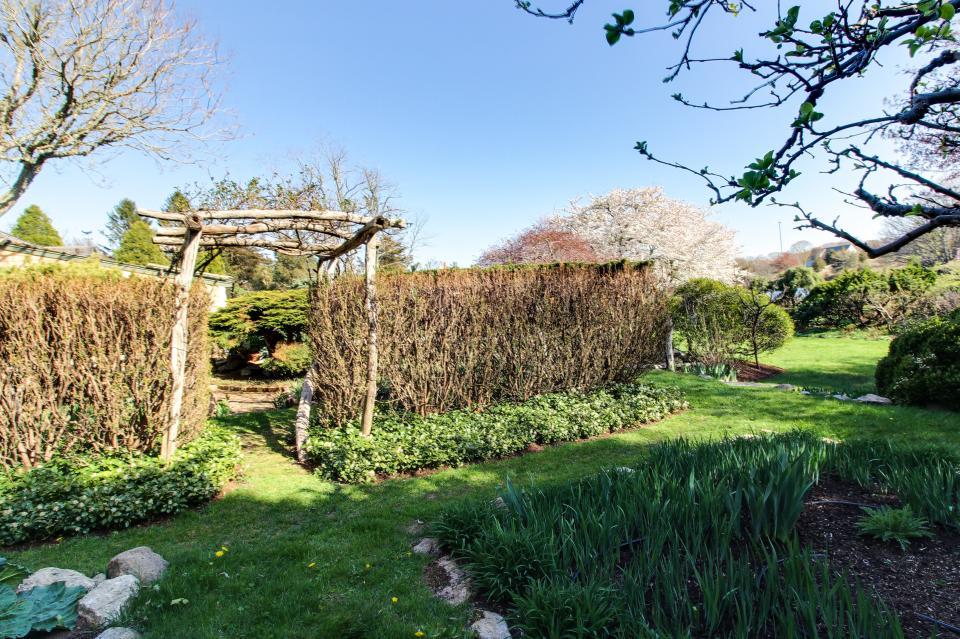 The Looks Pond Garden House - West Tisbury Vacation Rental - Photo 36