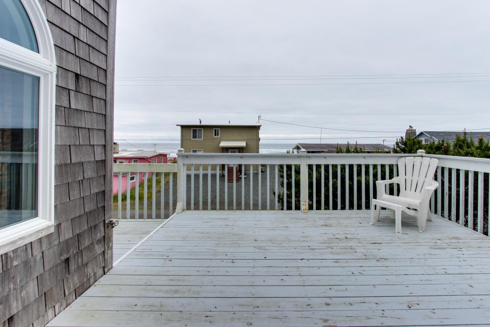 The Whaler - Rockaway Beach Vacation Rental - Photo 41