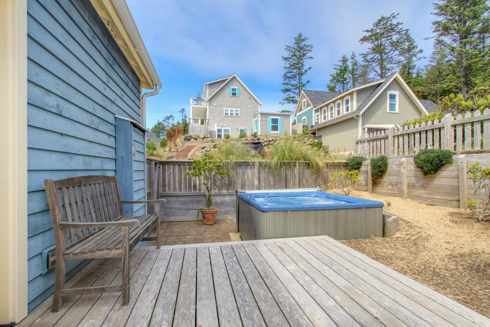 Sea La Vie at Olivia Beach - Lincoln City Vacation Rental - Photo 13