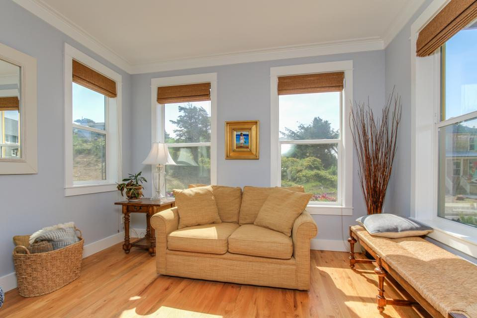 Sea La Vie at Olivia Beach - Lincoln City Vacation Rental - Photo 7