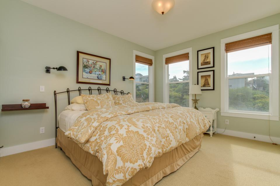 Sea La Vie at Olivia Beach - Lincoln City Vacation Rental - Photo 15
