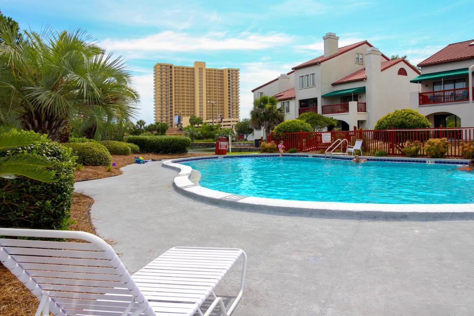 The Inn at St. Thomas Square #103 - Panama City Beach Vacation Rental - Photo 15