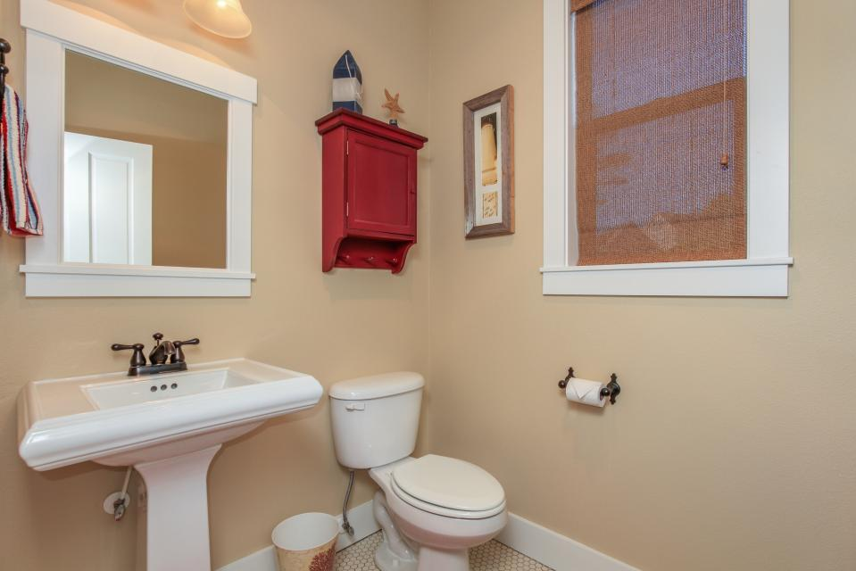 Sea La Vie at Olivia Beach - Lincoln City Vacation Rental - Photo 26