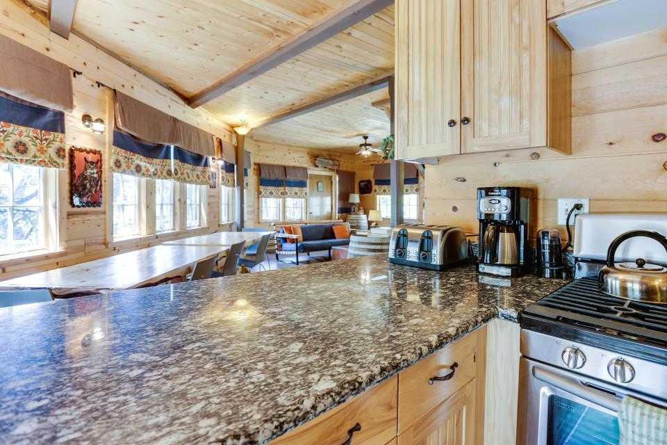 Flying Stag: Main Lodge - Government Camp Vacation Rental - Photo 8