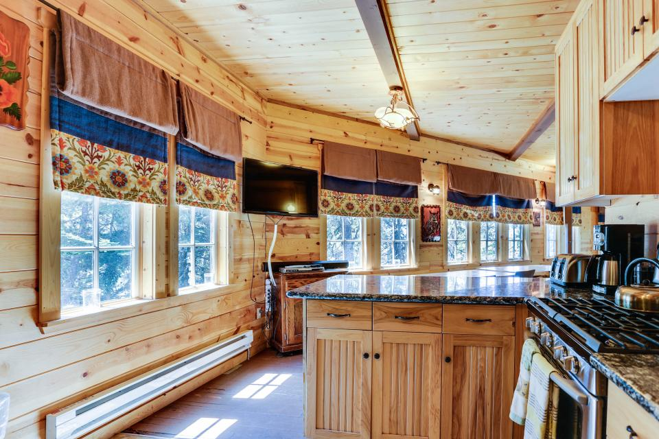 Flying Stag: Main Lodge - Government Camp Vacation Rental - Photo 11