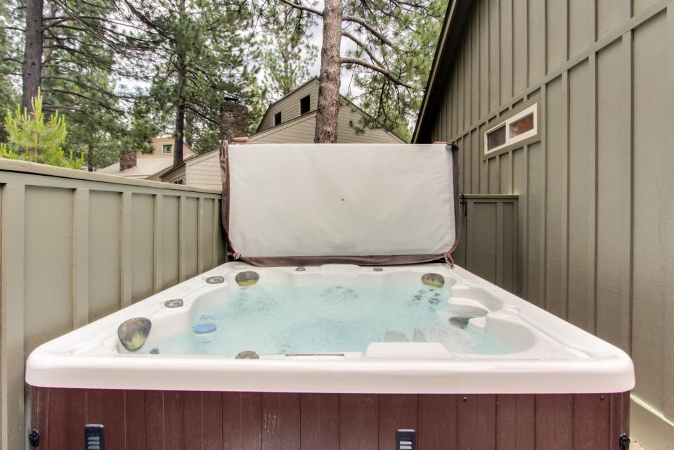 1 Landrise - Sunriver Vacation Rental - Photo 26