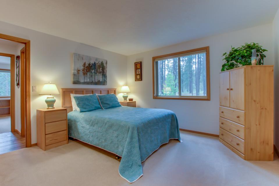 1 Landrise - Sunriver Vacation Rental - Photo 17