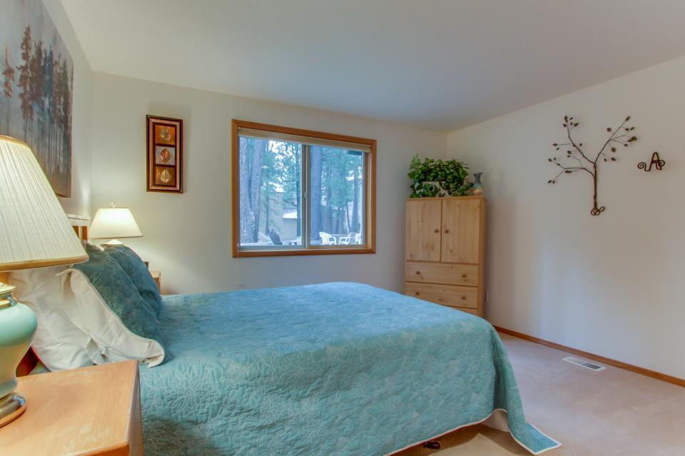 1 Landrise - Sunriver Vacation Rental - Photo 16