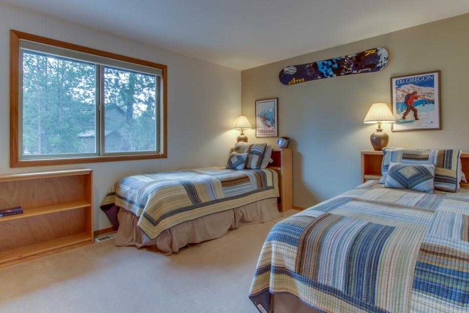 1 Landrise - Sunriver Vacation Rental - Photo 14