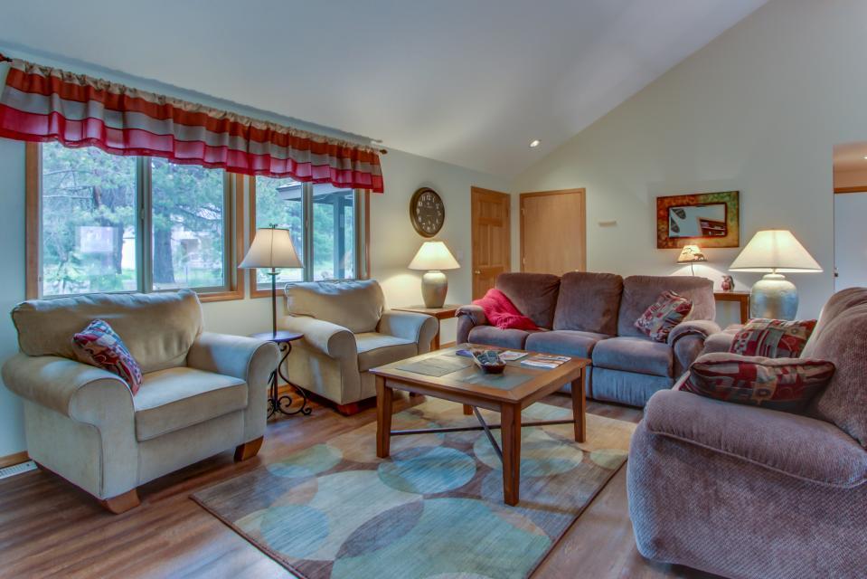 1 Landrise - Sunriver Vacation Rental - Photo 4