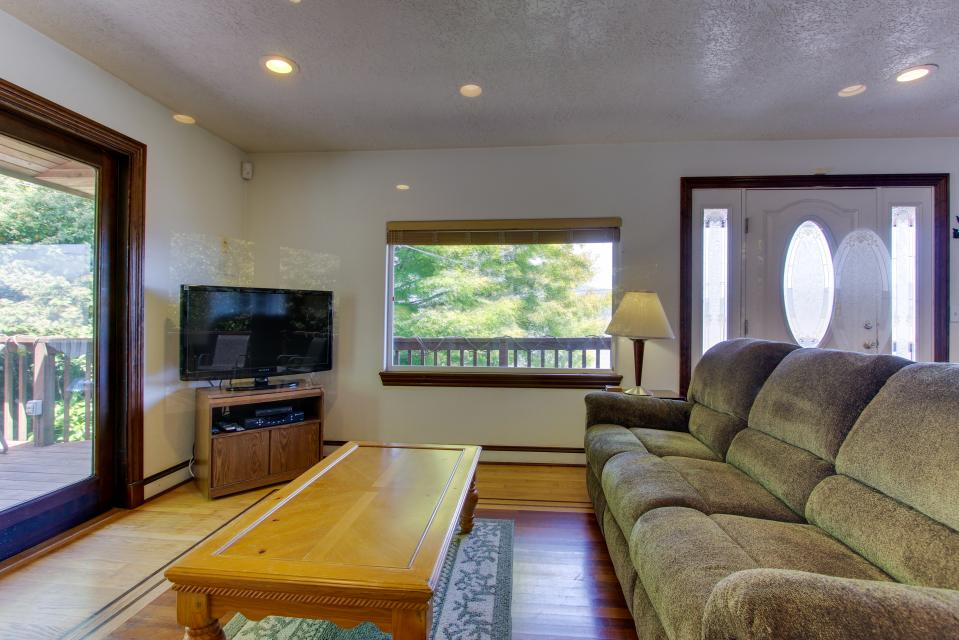 The BayOcean House - Cape Meares Vacation Rental - Photo 35