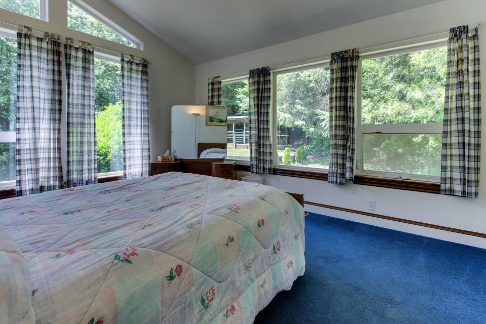 The BayOcean House - Cape Meares Vacation Rental - Photo 25