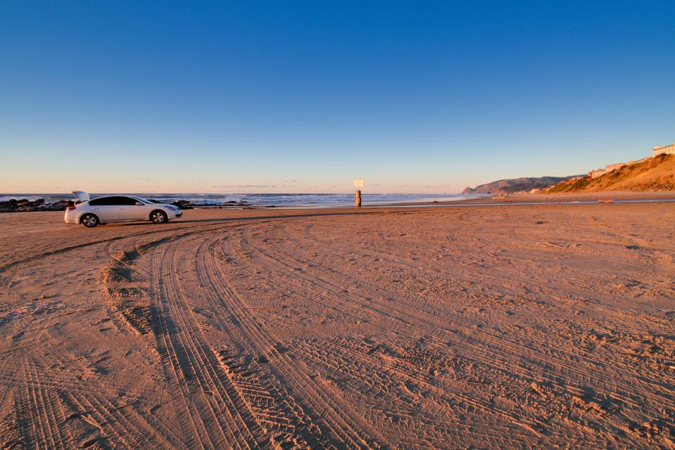 Warm Ocean Breeze - Lincoln City Vacation Rental - Photo 24