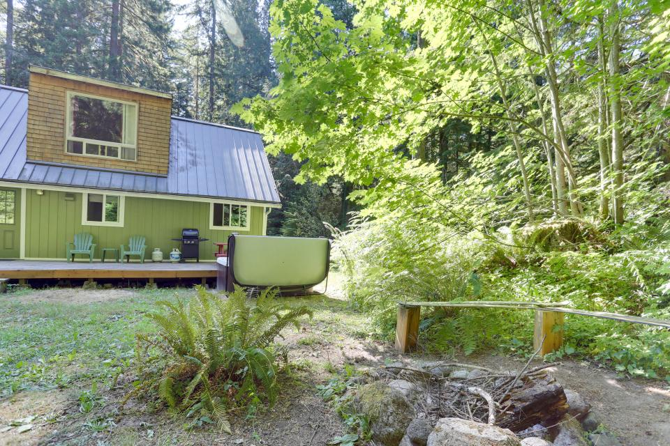 Mount Hood Cabin - Rhododendron Vacation Rental - Photo 7