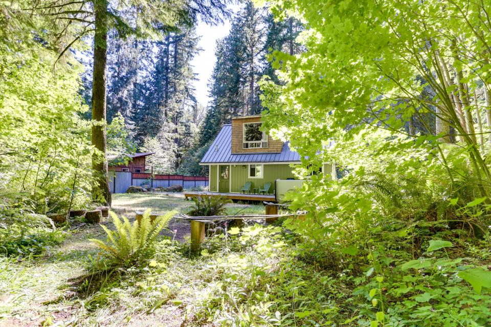 Mount Hood Cabin - Rhododendron Vacation Rental - Photo 4