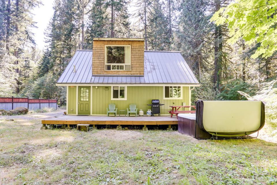 Mount Hood Cabin - Rhododendron Vacation Rental - Photo 31