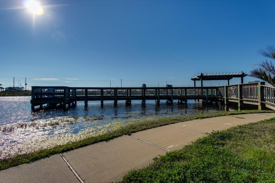 Summer Winter Retreat - Galveston Vacation Rental - Photo 27