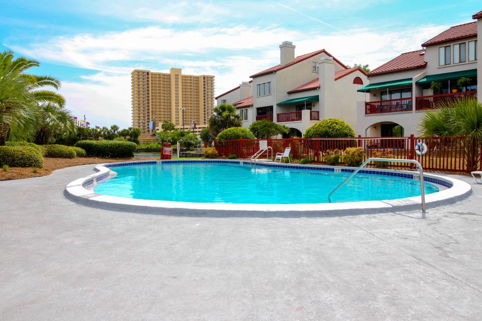The Inn at St. Thomas Square #303 - Panama City Beach Vacation Rental - Photo 2