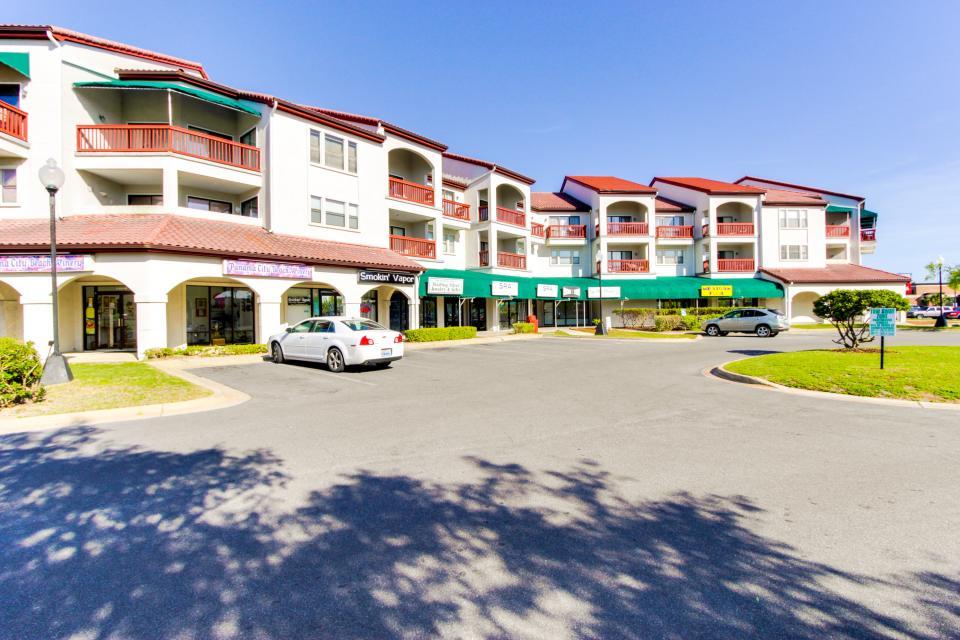 The Inn at St. Thomas Square #303 - Panama City Beach Vacation Rental - Photo 25