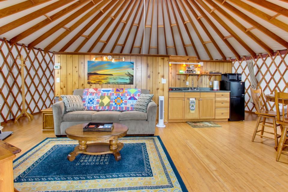 Yurt on the Bay - Bay City Vacation Rental - Photo 2