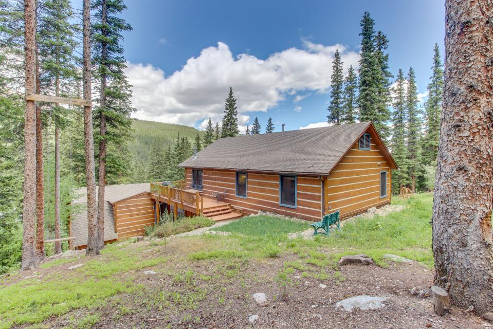 the daniels mountain view log cabin 4 bd vacation rental