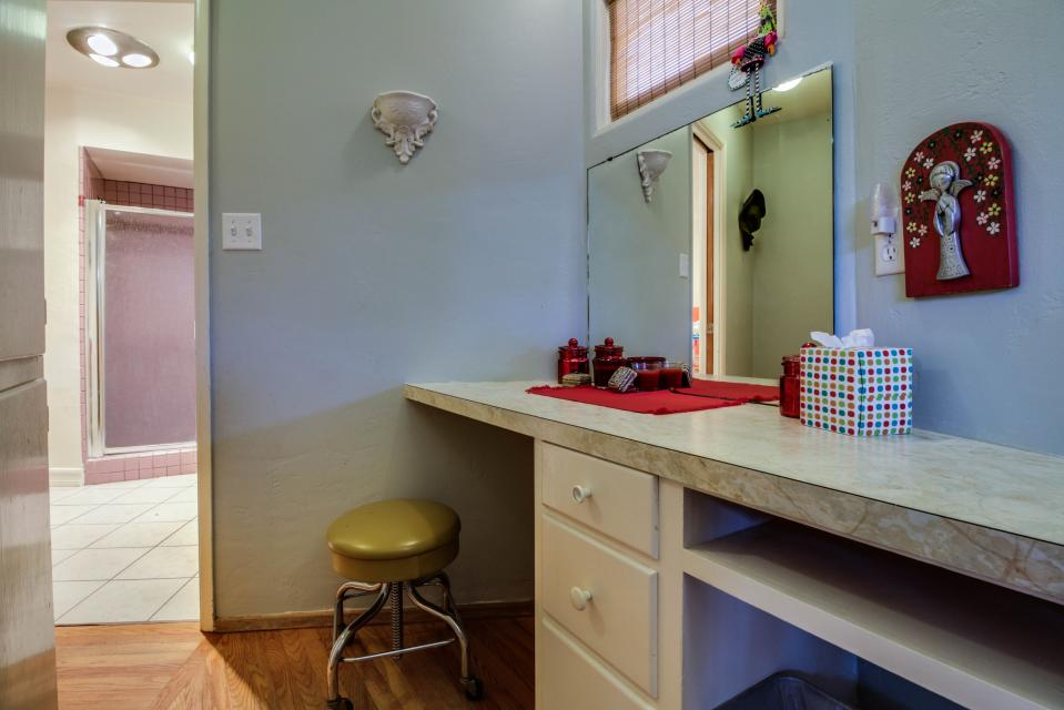 California Cottage on the Bay - San Diego Vacation Rental - Photo 16